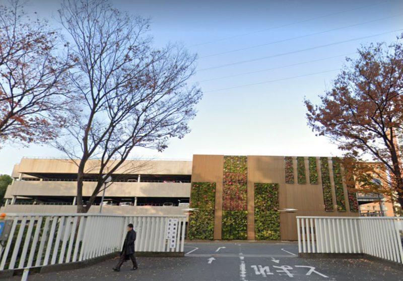 近畿大学立体駐車場