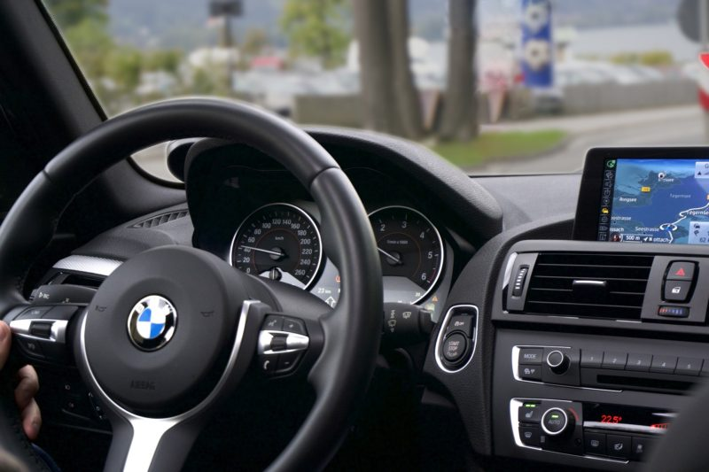 運転座席のイメージ